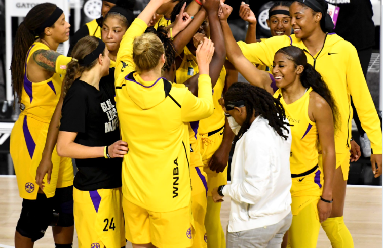 Sparks become first women's sports team to sign beer sponsorship deal