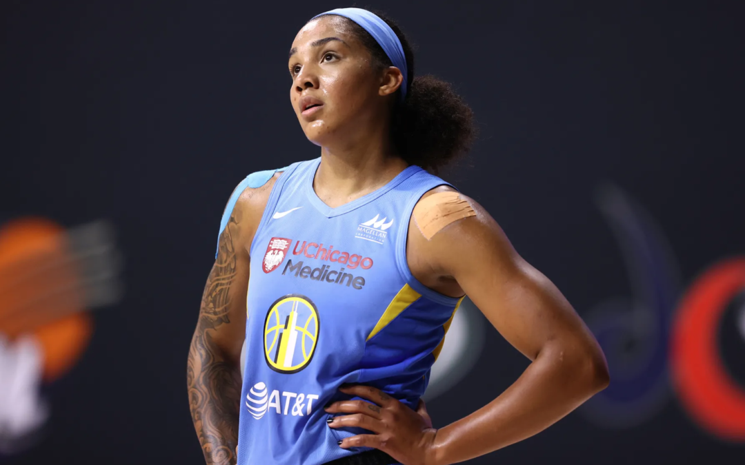Sparks look to the future by trading for Gabby Williams
