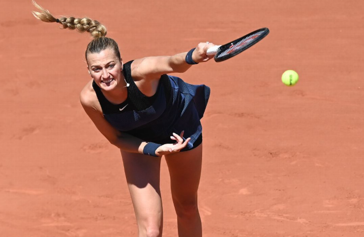 Petra Kvitova withdraws from French Open; injured ankle in fall during media availability