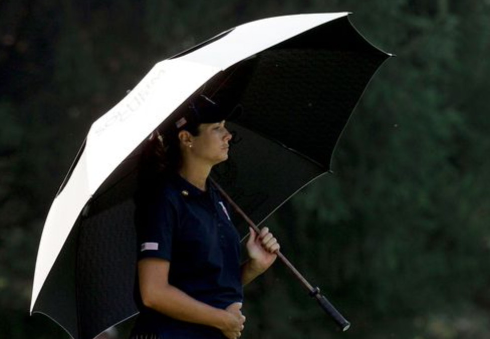 How to juggle a pro golf career when you're a Mom