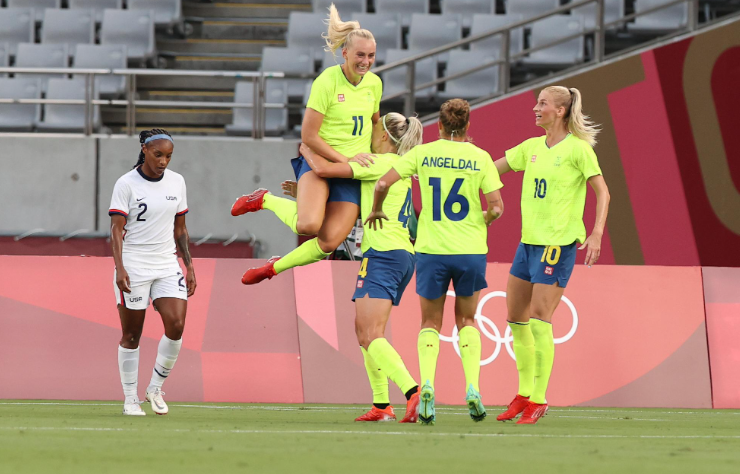 Sweden snaps USWNT's 44-game unbeaten streak to open Olympics, raising questions about this American team