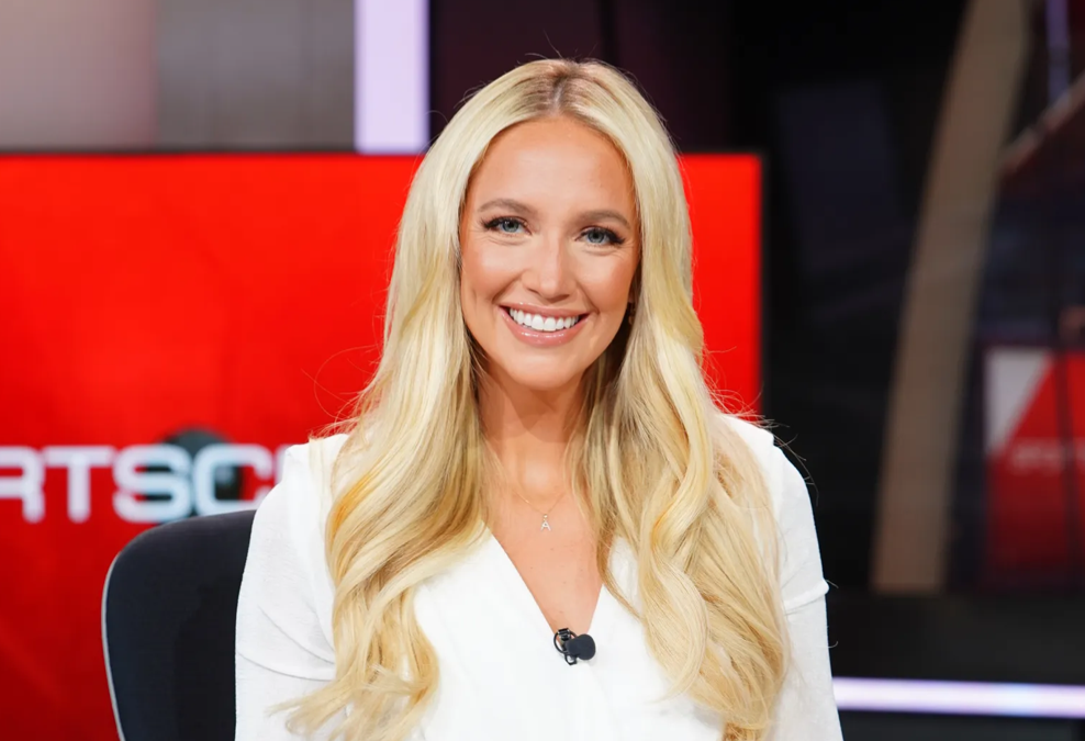 'Happy tears': What anchoring ESPN's 'SportsCenter' means for Arizona native Ashley Brewer