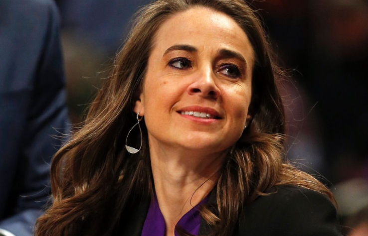 Becky Hammon set to have No. 25 raised to rafters by Las Vegas Aces